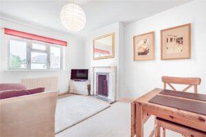 1 bed flat to rent in Fielding Avenue, Twickenham TW2