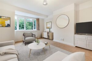 2 bed flat to rent in Merton Hall Road, Wimbledon SW19
