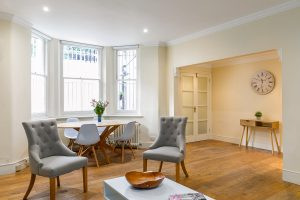 2 bedroom flat to rent in Ashburn Place, South Kensington SW7
