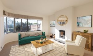 3 bedroom penthouse to rent in Kingfisher Court, East Molesey KT8