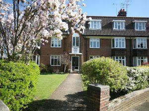 1 bedroom flat to rent in Kelvin Drive, St Margarets TW1