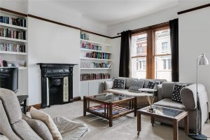 3 bed flat to rent in Putney Bridge Road, Putney SW15