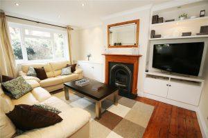 2 bedroom flat to rent in Merton Hall Road, Wimbledon SW19