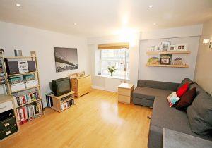 Studio flat to rent in Cambalt Road, Putney SW15